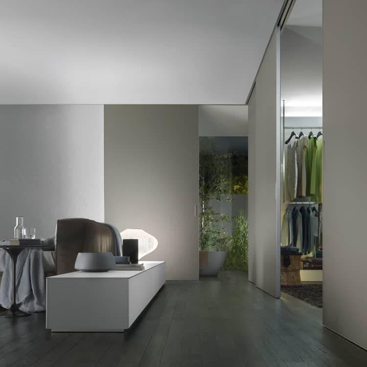 moderne glazen schuifdeur in de wand op maat kamerhoog voor slaapkamer en inloopkast rimadesio graphis plus