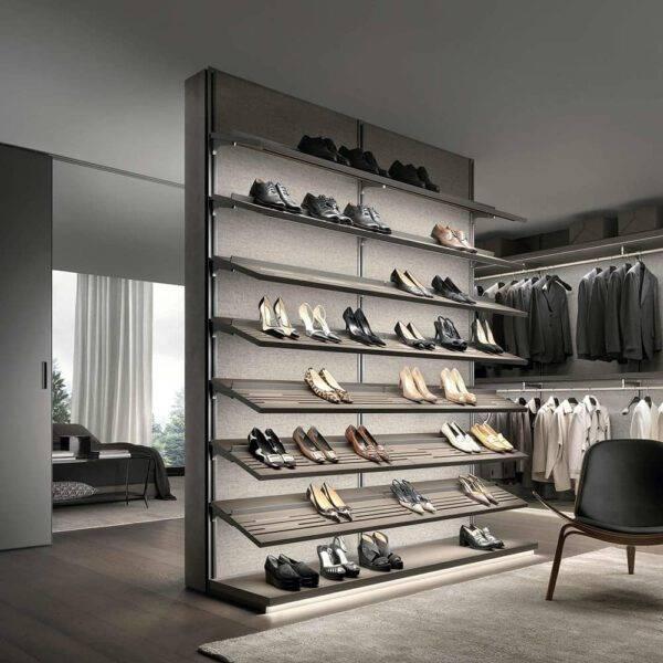 lederen schoenenplanken voor maatwerk inloopkast op maat Italiaans design van Rimadesio Dress Bold