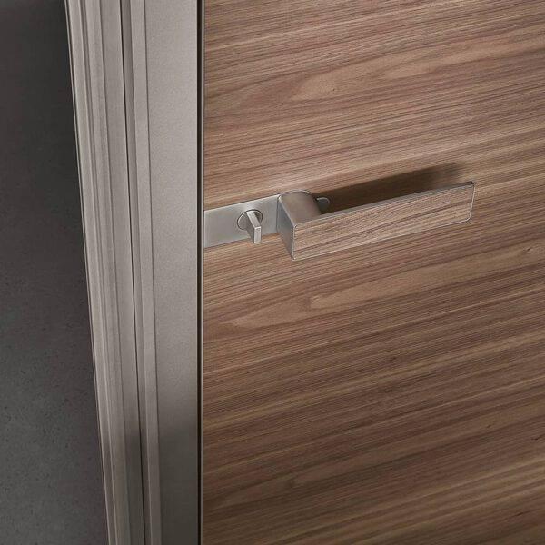 luxe binnendeur aluminium kader en notenhout op maat rimadesio moon