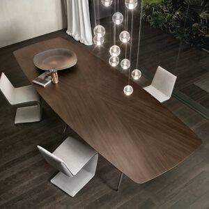 Rimadesio Manta ovale eikenfineer tafel 01