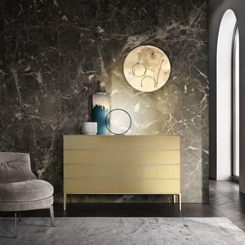 luxe italiaanse ladekast in gelakt glas met aluminium poten rimadesio self