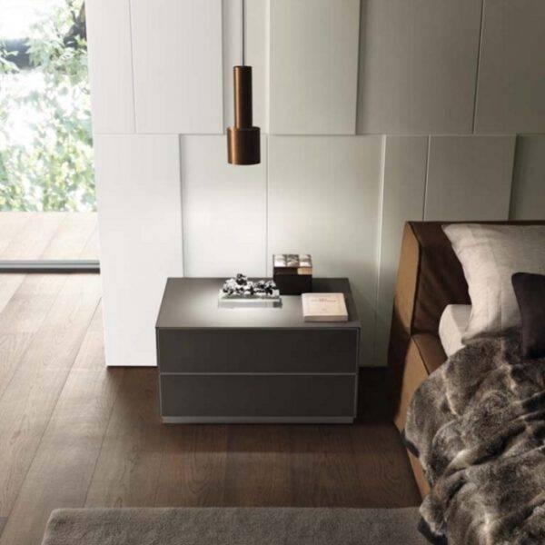 luxe nachtkastje in glas en aluminium op maat italiaans design