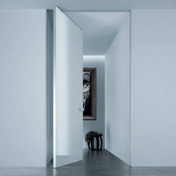design wit glazen taatsdeur op maat Rimadesio Aura