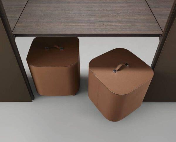 lederen box voor kledingkast