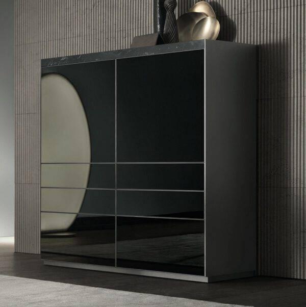 . luxe zwart_glazen_wandkast_op_maat_rimadesio_self_bold_italiaanse_meubelen