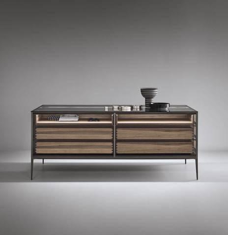luxe_vrijstaande_display_kast_voor_accessoires_rimadesio_alambra_isola