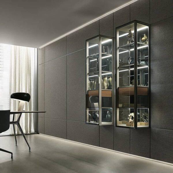 luxe zwevende vitrinekast met lade in notenhout en lederen top. LED-verlichting. Rimadesio Alambra