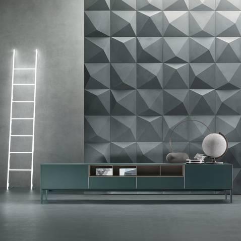 vrijstaand laag dressoir met aluminium pootjes en ladeblokken in glas op maat gemaakt italiaans design Rimadesio self up