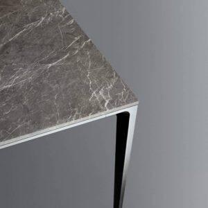 grijs marmer tafel aluminium poten_