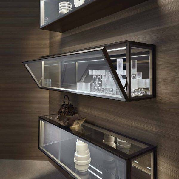 Rimadesio Alhambra zwevende glazen vitrinekast met LED-verlichting en glazen klepdeur italiaans design