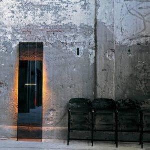 design vrijstaande spiegel tegen de wand met verlichting italiaans design glasitalia diva