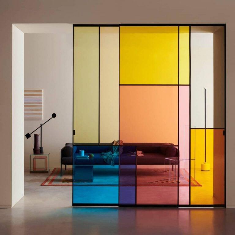 design-schuifdeur-gekleurd-glas-met-vlakken-patchwork-glasitalia-italiaans