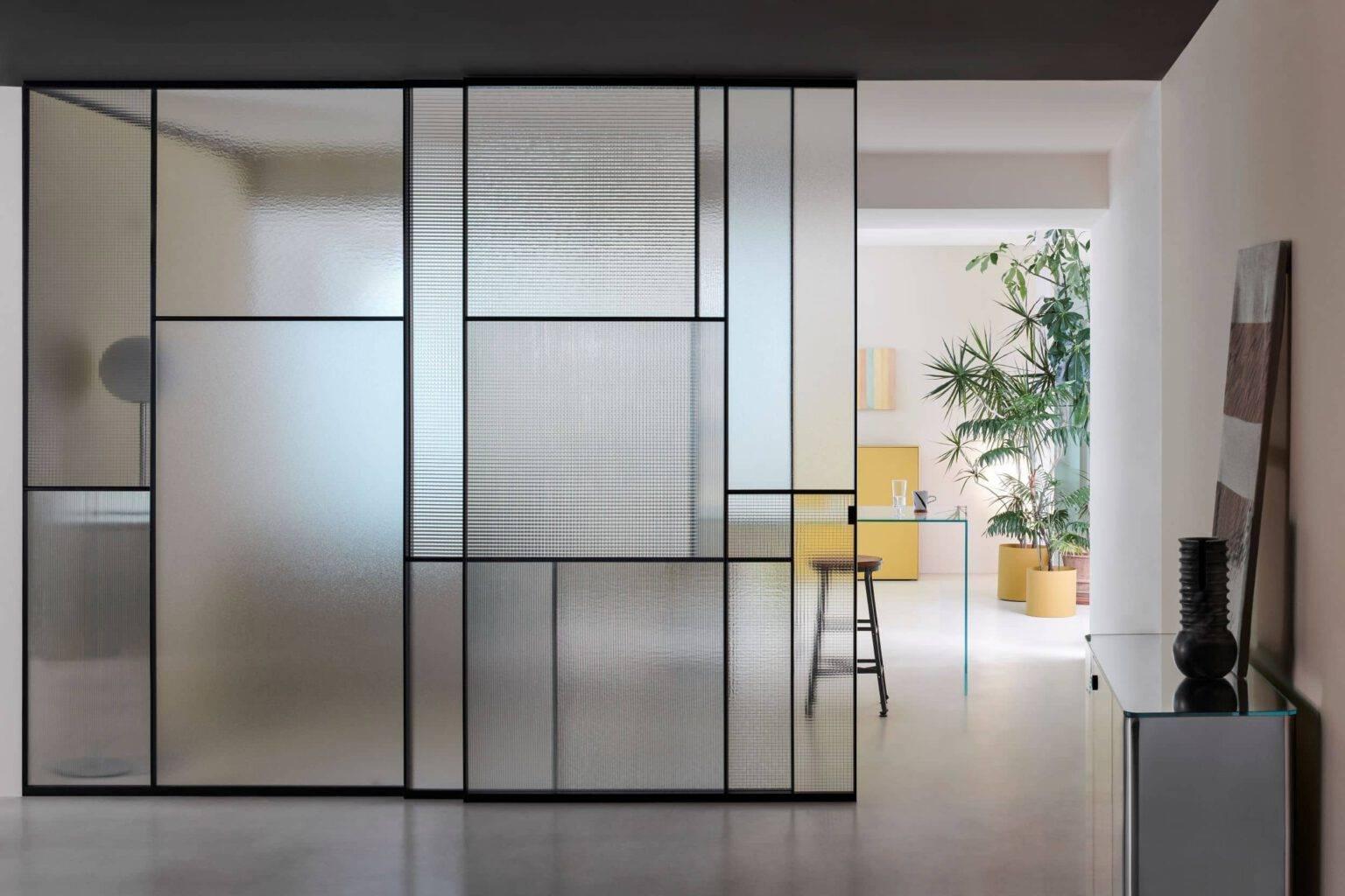 luxe-italiaanse-glazen-schuifdeur-met-vlakken-SHERAZADE-SLIDE-PATCHWORK-glasitalia