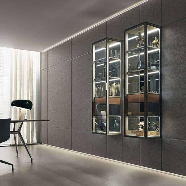 luxe-glazen-vitrinekast-kolomkast-italiaans-design